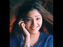 https://malayalam.filmibeat.com/img/2014/07/16-abhirami.jpg