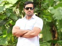 http://malayalam.filmibeat.com/img/2014/07/17-unni-mukudhan-602.jpg