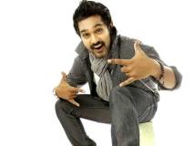 https://malayalam.filmibeat.com/img/2014/10/12-asif-ali.jpg