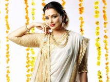 https://malayalam.filmibeat.com/img/2015/01/13-1421119119-swetha-menon.jpg
