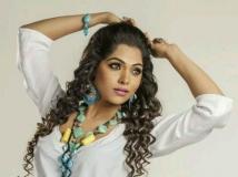 https://malayalam.filmibeat.com/img/2015/02/02-1422858004-mukth-06.jpg