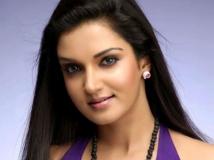 http://malayalam.filmibeat.com/img/2015/02/26-1424919026-honey-rose-02.jpg