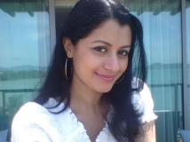 http://malayalam.filmibeat.com/img/2015/04/13-1428898913-reenu.jpg