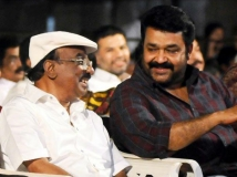 https://malayalam.filmibeat.com/img/2015/05/27-1432718037-mohanlal-iv-sasi.jpg