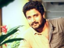 https://malayalam.filmibeat.com/img/2015/06/20-1434797528-deepak-parambol.jpg