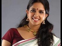 https://malayalam.filmibeat.com/img/2015/07/04-1436008223-aparnanair.jpg