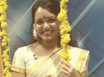 https://malayalam.filmibeat.com/img/2015/07/22-1437564800-jyotsna.jpg