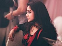 http://malayalam.filmibeat.com/img/2016/02/kavya-madhavan-about-akashvani-13-1455330943.jpg