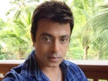 http://malayalam.filmibeat.com/img/2016/03/riyaz-khan-11-1457691174.jpg
