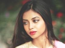 http://malayalam.filmibeat.com/img/2016/06/shaunromy-04-25-1466834117.jpg