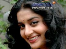 https://malayalam.filmibeat.com/img/2016/11/meera-jasmine-30-1480481815.jpg