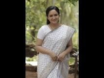 https://malayalam.filmibeat.com/img/2017/04/lena-biriyanikissa-06-1491454019.jpg