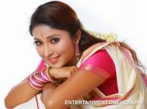 http://malayalam.filmibeat.com/img/2017/05/13-wedding-bells-for-television-actress-archana-suseelan-26-1495797582.jpg