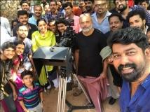 http://malayalam.filmibeat.com/img/2017/05/manju-warrier-joju-martin-04-1493895581.jpg