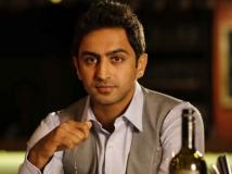 http://malayalam.filmibeat.com/img/2017/09/10-1410343888-5--100daysoflove--rahulmadhav-15-1505463513.jpg