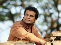 https://malayalam.filmibeat.com/img/2017/10/13-1484289944-hareeshperadi-21-1508587748.jpg