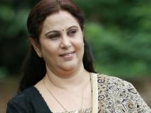 https://malayalam.filmibeat.com/img/2017/10/akashadoothu-06-23-1508731542.jpg