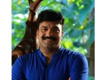 http://malayalam.filmibeat.com/img/2017/11/kottayam-nazeer-29-1511937983.jpg