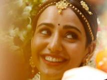 https://malayalam.filmibeat.com/img/2018/04/solo-1523333988.jpg