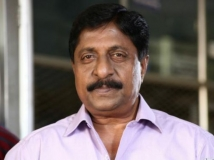 http://malayalam.filmibeat.com/img/2018/04/sreenivasan-30-1485751206-1524395247.jpg