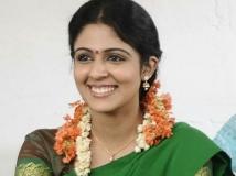 https://malayalam.filmibeat.com/img/2018/07/malavika-01-1532688544.jpg
