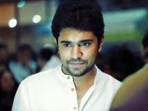 http://malayalam.filmibeat.com/img/2018/07/nivin-pauly-tamil-movie-title-24-1479974302-1531298320.jpg