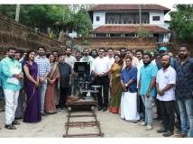 https://malayalam.filmibeat.com/img/2019/04/akashaganga-1556089751.jpg