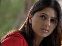 http://malayalam.filmibeat.com/img/2019/06/bhumikachawla-1560052910.jpg