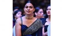 https://malayalam.filmibeat.com/img/2019/12/anusree-photo-1576738671.jpg