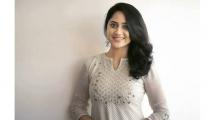 https://malayalam.filmibeat.com/img/2020/01/mia-george-23-1578497479.jpg