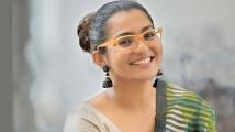 https://malayalam.filmibeat.com/img/2020/10/parvathi-1602509728.jpg
