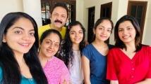 https://malayalam.filmibeat.com/img/2021/07/family-1626005075.jpg