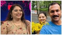 https://malayalam.filmibeat.com/img/2021/09/parvathy-shone-pics-1630653280.jpg