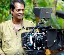 https://malayalam.filmibeat.com/img/2021/09/salim-kumar-director-1631691859.jpg