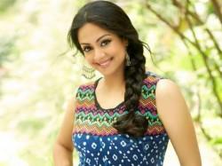 Jyotika Exits Vijay 61 Teams Bala