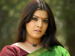 Varalakshmi Sarathkumar Exposes Man Who Misbehaved With Her