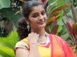 Chandanamazha Fame Shalu Kurian Gets Engaged