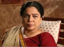 Bollywood S Favourite Mom Reema Lagoo Dies Of Cardiac Arrest