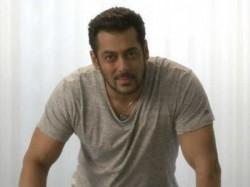 Salman Khan Declares He Has Found Girl Twitter Is Going Crazy
