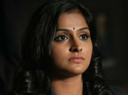 Remya Nambeesan Says About Surrender Solve Amma Issue
