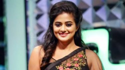 Priyamani To Act Asuran Movie Telugu Remake